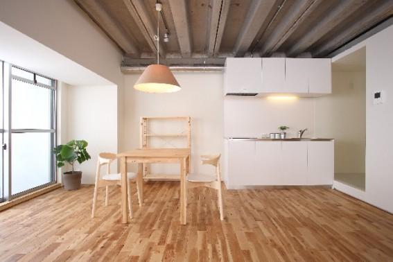 無垢と塗り壁、自然素材の家は憧れますね