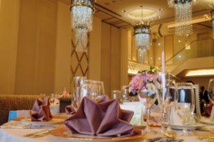 結婚式場で多く使われる織物クロス