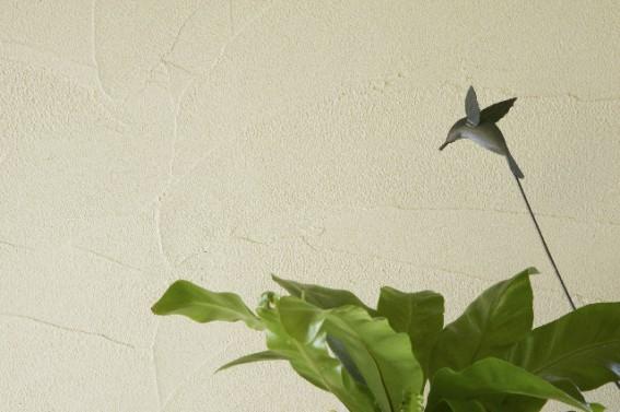 ビニールクロスを剥がさず塗れる珪藻土・漆喰