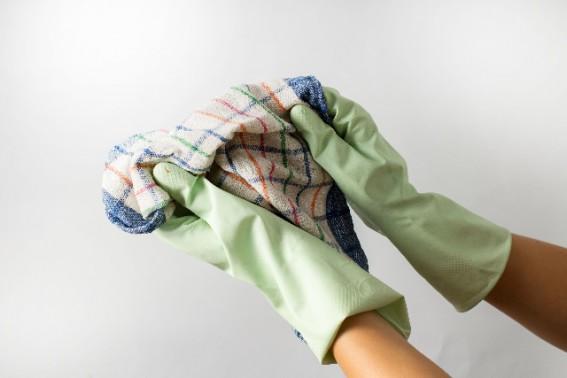実際にビニールクロスを拭き掃除する人は少ない