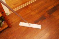 無垢の床もお掃除シートでさささ~