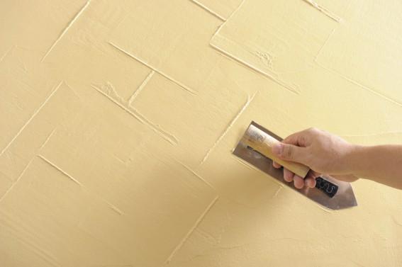 漆喰塗り壁は、クロスにない良さがある